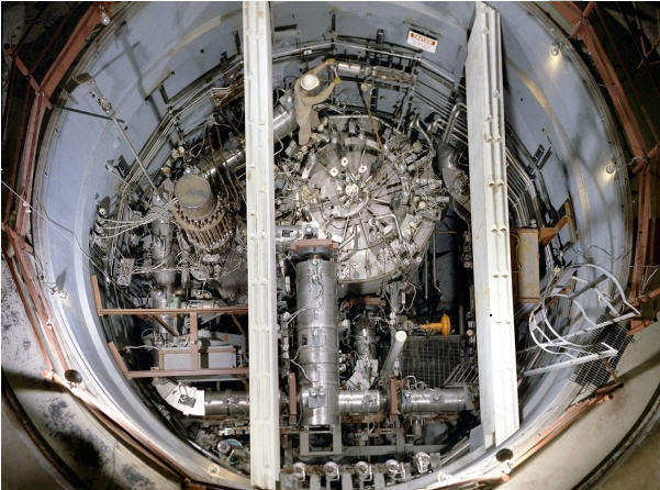Major pros and cons of thorium nuclear power reactor