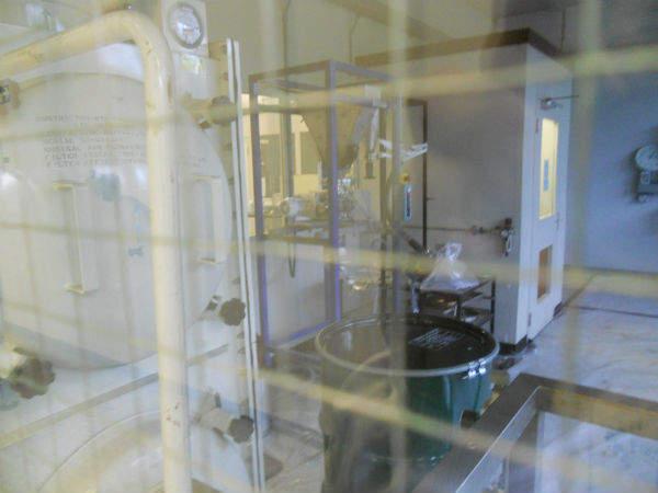 Powder handling facility