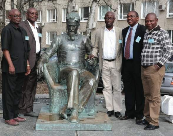 A group of the Nigerian trainees near the monument of Igor Kurchatov, the founder of Russian Nuclear Power Programme in front of Rosatom-CICE&T main building