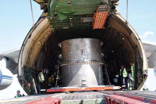 TUK-145/C loading in the An-124-100 aircraft using the special rolling system (Option 2)