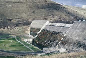 Willow Creek Dam