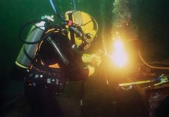 underwater welding and burning