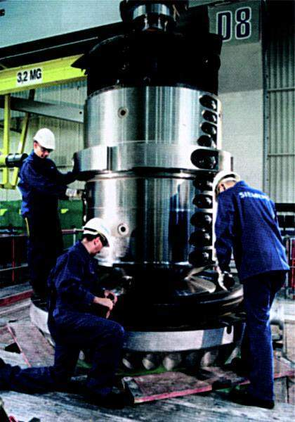 The barrel type HP turbine during assembly at Mulheim