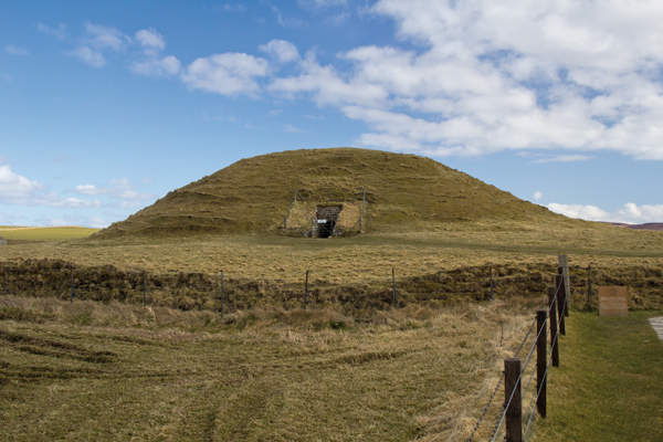 Maeshowe Chambered Cairn, Orkey, Scotland, more than 5000 years old