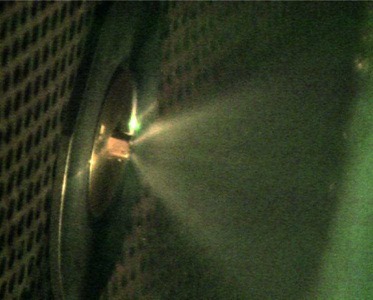 Mk 3 nozzle spray during on-line compressor washing