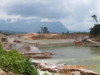 Nam Gnouang Dam spillway
