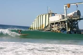 Port_Kembla_Unit___surfer