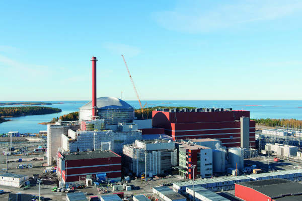 Construction of Olkiluoto 3, pictured in October 2013 will involve 10,000 workers (Source: TVO)