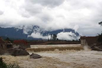 Nam Gnouang Dam third overtopping