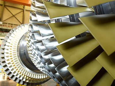 Siemens liefert drei große Gasturbinen nach Dubai / Siemens to supply three large gas turbines to Dubai
