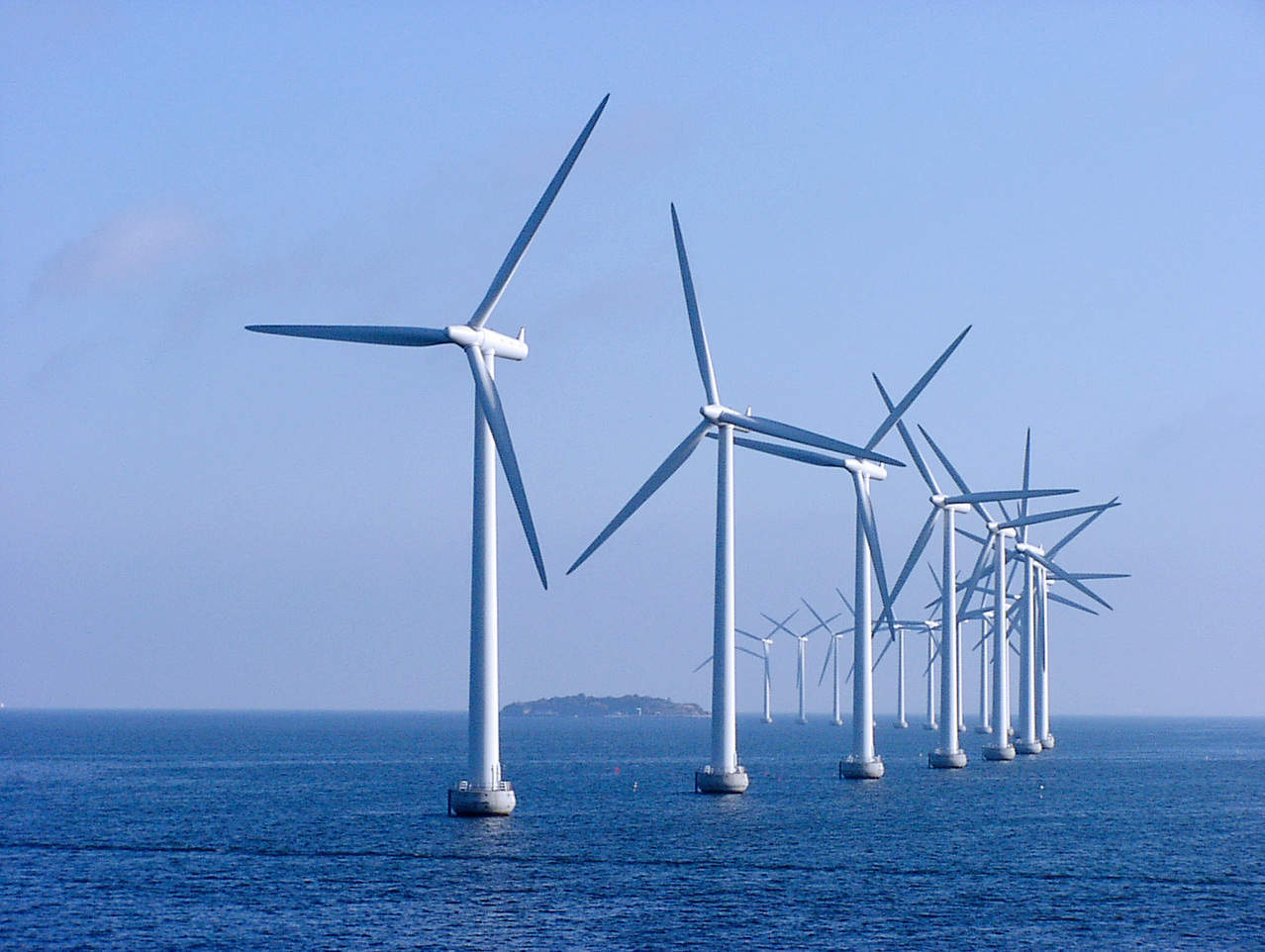 Ofgem selects Diamond Transmission Partners to link 573MW Race Bank offshore wind farm