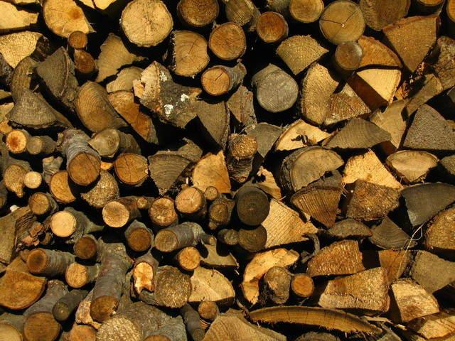 wood-1181789-640x480