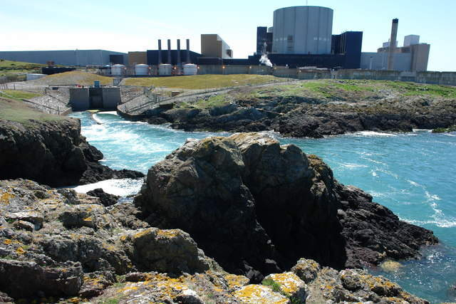 Outfall_from_Wylfa_Power_Station_-_geograph.org.uk_-_668216