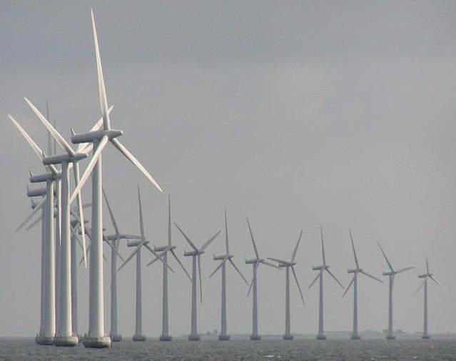 windmills-at-sea-1221040-639x505