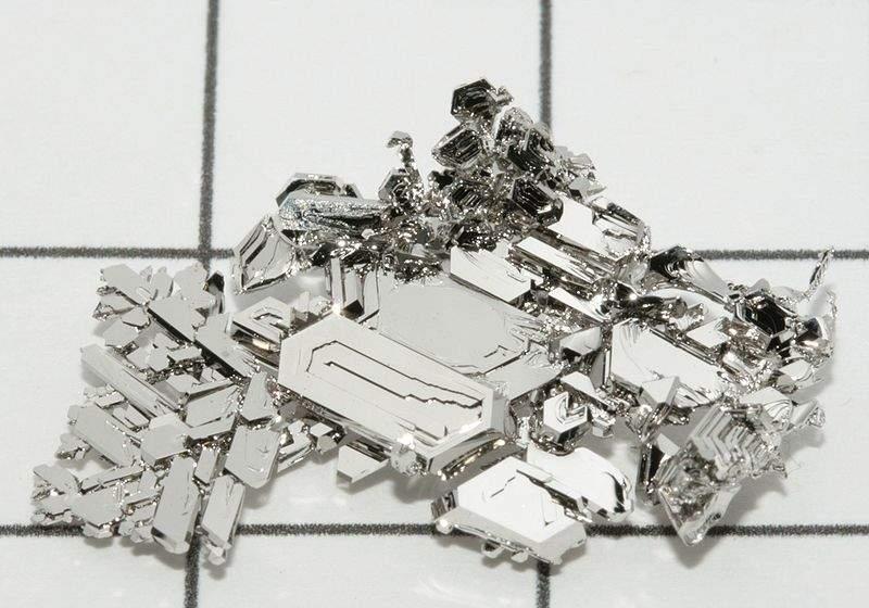 Platinum_crystals