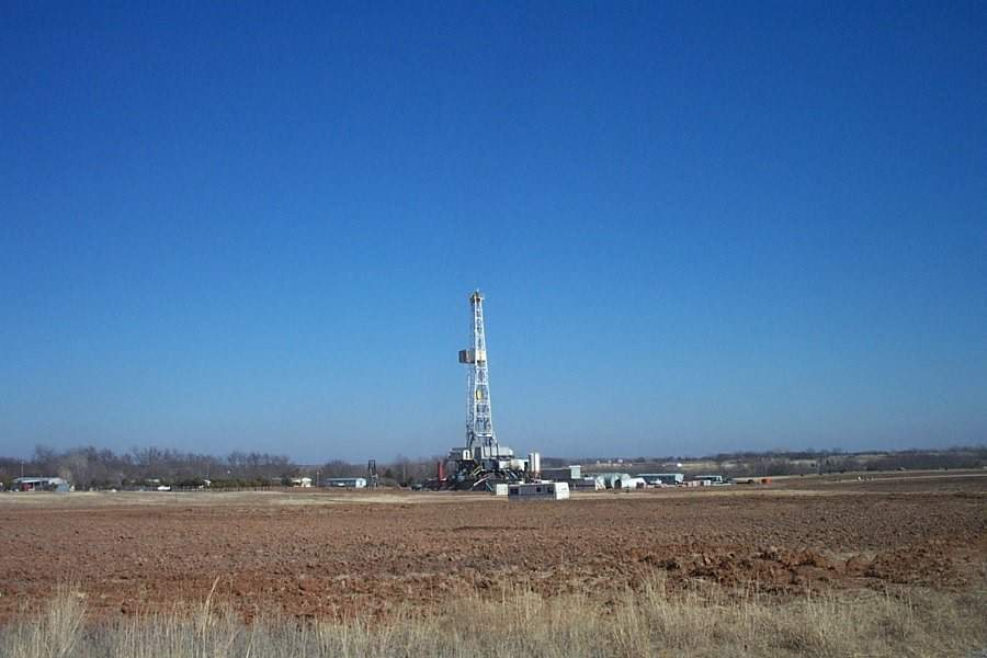 oil-drilling-rig-generic-aug-13