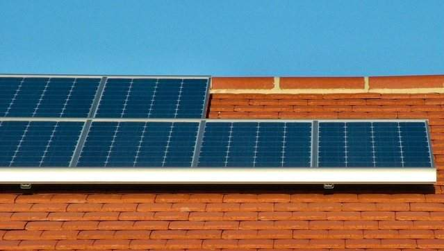 photovoltaic-array-1-1235636-639x361