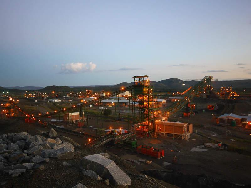 2l-image-Tharisa Mine