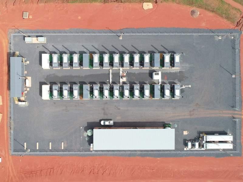 3l -Image --- Amrun Bauxite Mine, Queensland