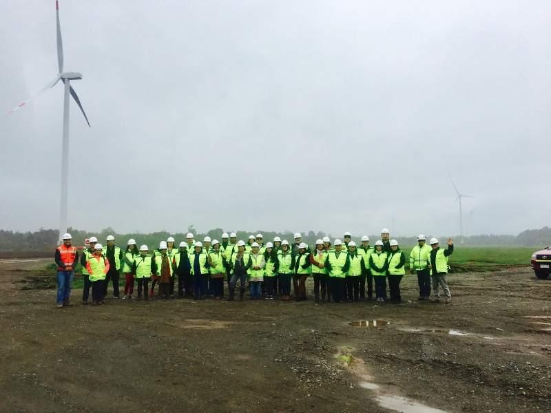 1l-Image---Aurora-Wind-Farm