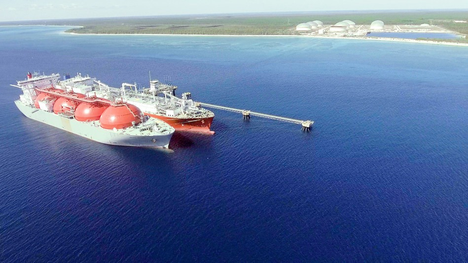 Excelerate and Equinor perform first ship-to-ship transfer of LNG in The Bahamas