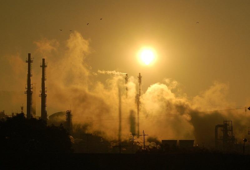 refinery-1232308