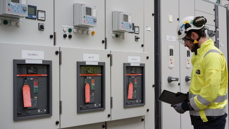 ABB introduces low-voltage digital switchgear condition monitoring