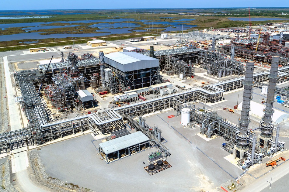 Sempra Energy and partners begin production from Cameron LNG project