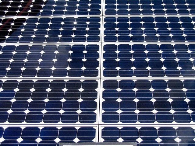 Travers Solar Project, Alberta