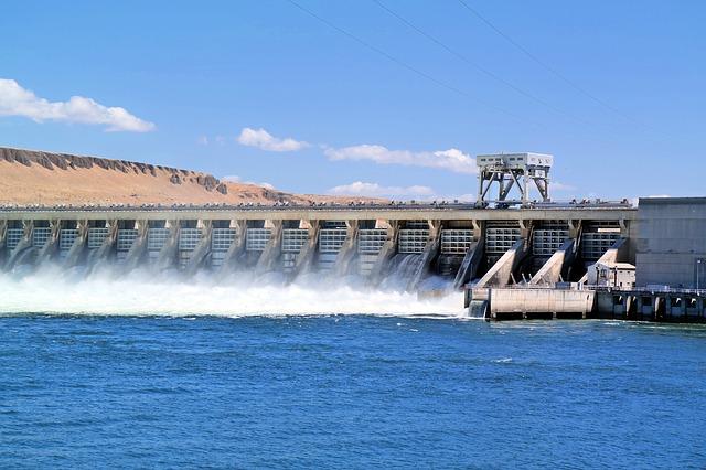 dam-929406_640
