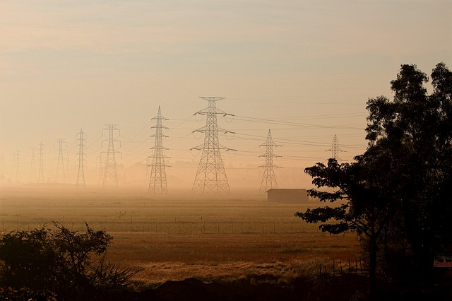 power-lines-1031035_640