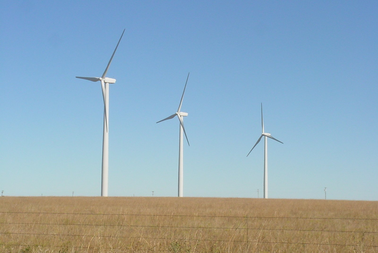 wind-farm-generic-1214436