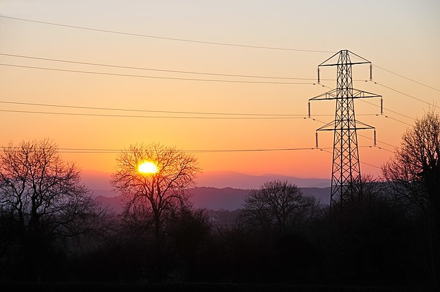 spring-sunset-96354_640