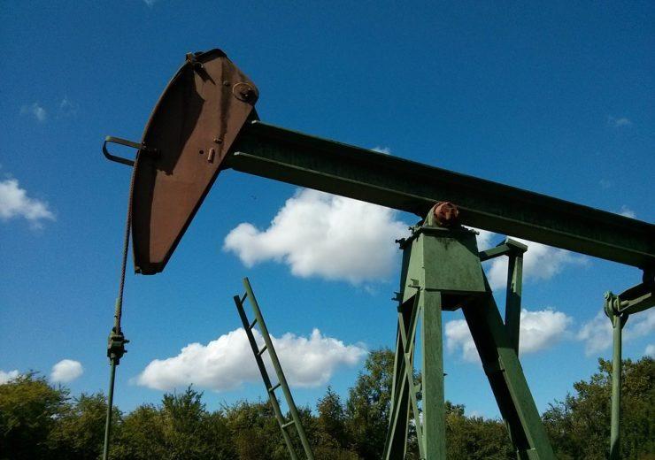 scm-oil-752566_960_720