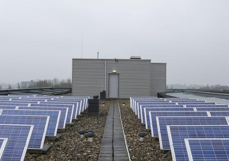 solar-panels-2168757_640