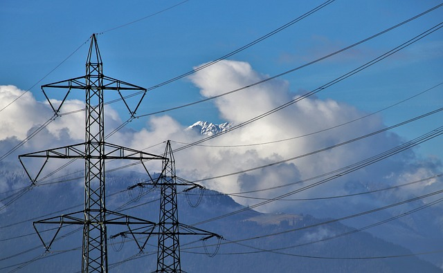 electric-cables-3726599_640