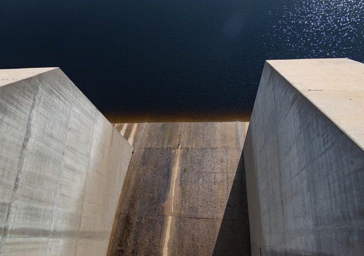 hydropower-4509706_640