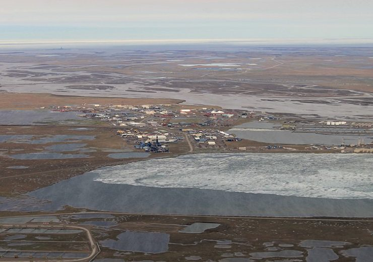 800px-Aerial_View_of_Prudhoe_Bay