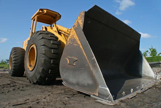 bulldozer-1-1219006-639x430