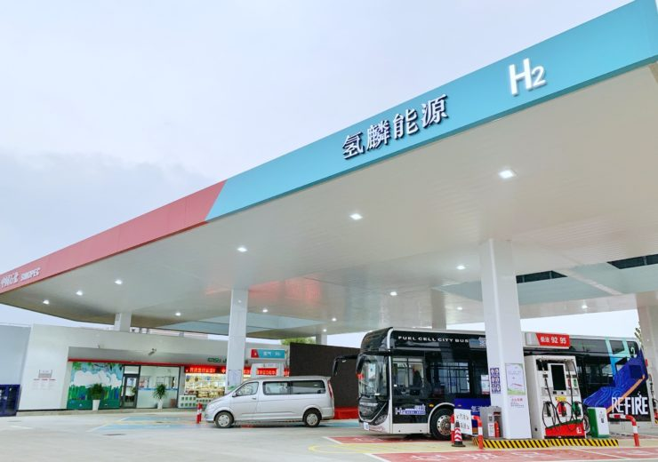 Sinopec, Air Liquide open two hydrogen fuel stations in China