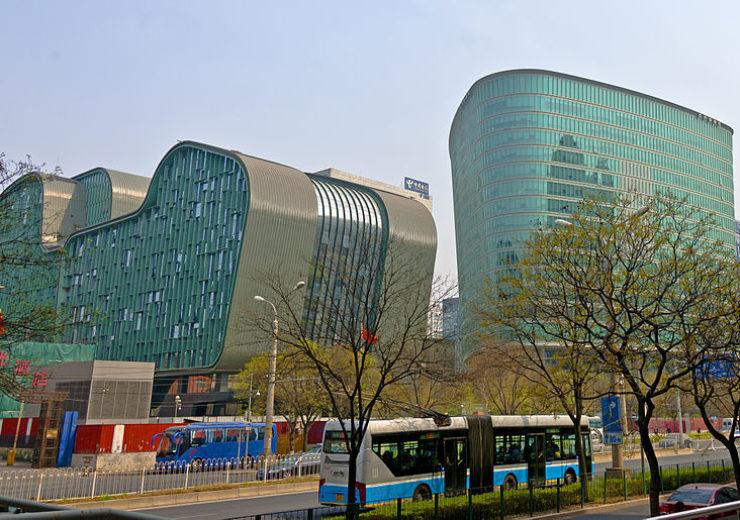 800px-CNOOC_headquarters_building,_Chaoyangmen,_Beijing