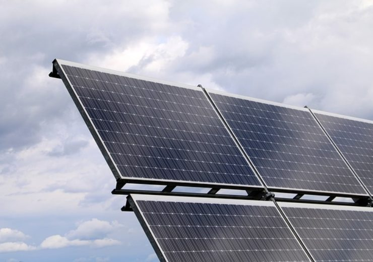photovoltaic-2799982_640