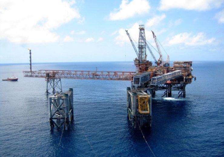 new-offshore-gas-platform-1-1338181-640x480(2)