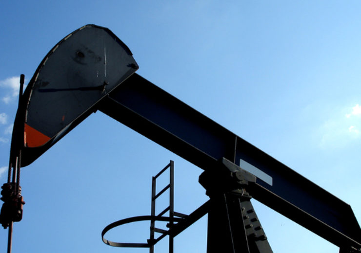 oil-derrick-1418199-638x393