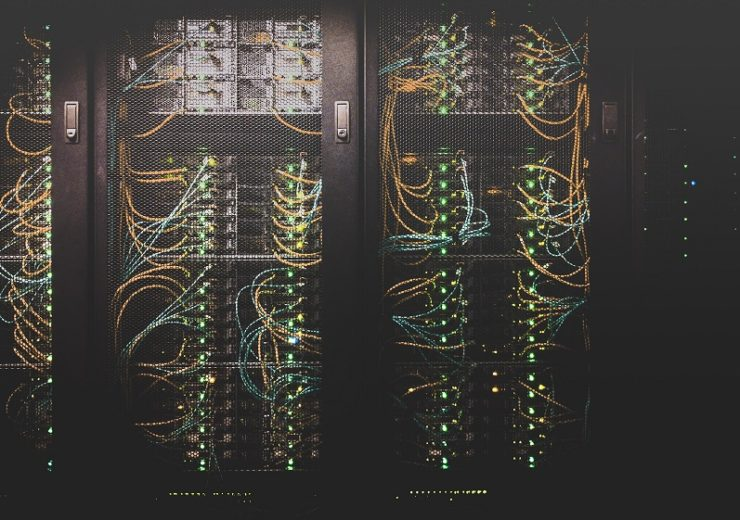 Data centre - Unsplash-Taylor Vick