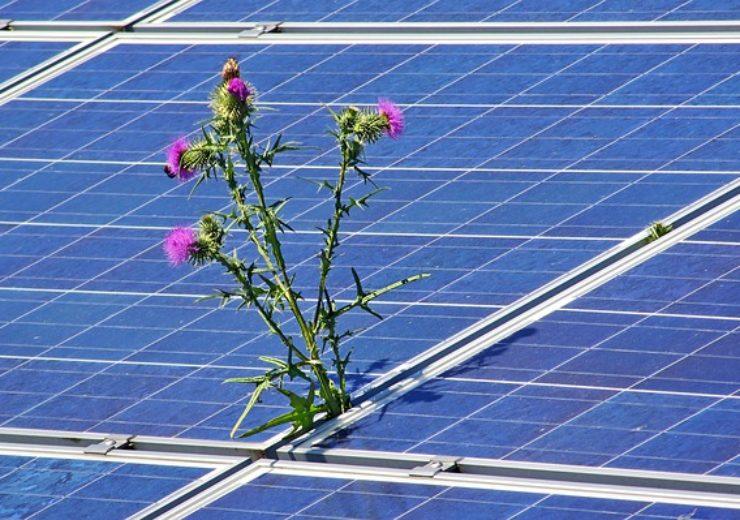 photovoltaic-4244774_640