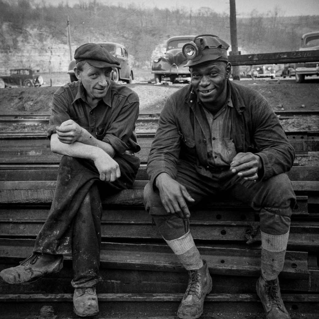 UK coal mining saw a sharp decline in the 1970s and had practically disappeared by the start of the 21st century