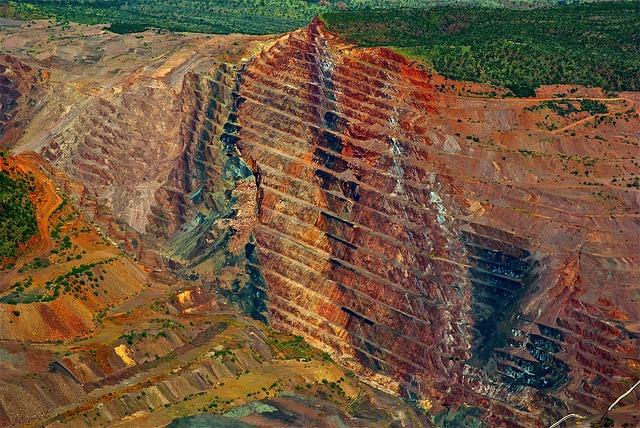 diamond-mine-Image by Siggy Nowak from Pixabay