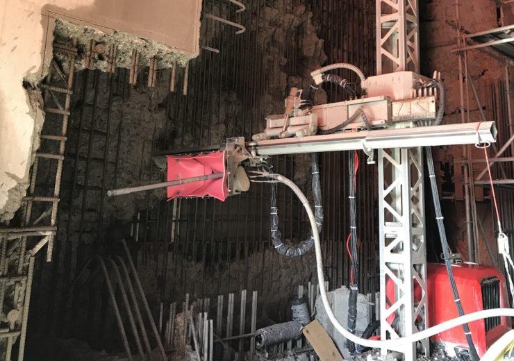 Aquajet hydrodemolition