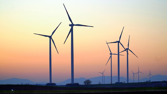 wind turbines_Image by Matthias Böckel from Pixabay
